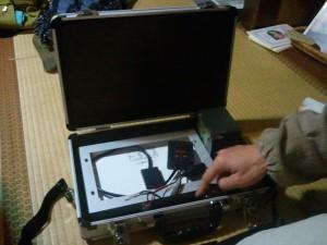 モバイル太陽光発電充電セット 開けたところ
